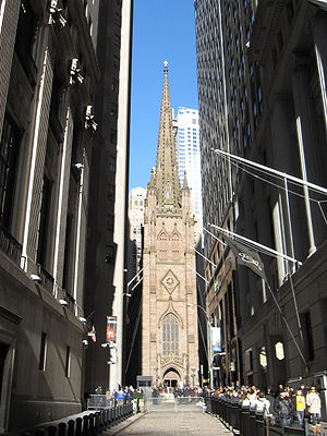 300px-Trinity_Church_NYC_004b