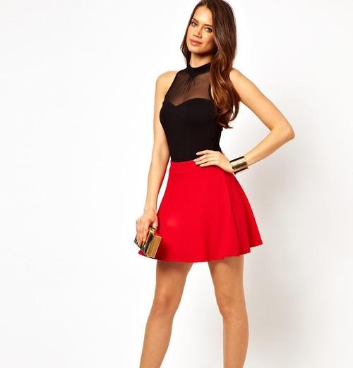 з чим носити червону спідницю та блузою