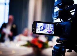 videooperator-v-kieve-eto-nezamenimyy-chelovek-na-lyubom-prazdnike