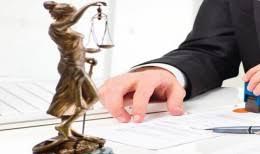 На что обратить внимание при выборе адвоката